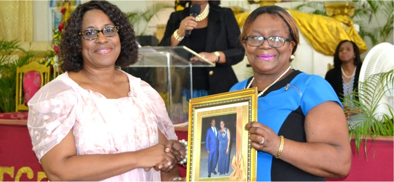 Mount Zion's Missions Inc Barbados Foursquare Church honours Dr. Angela Smith for 40 years in the field of Education
